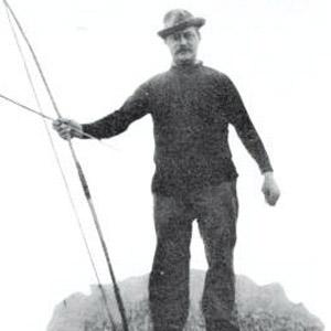 Hubert Van Iniss - age: 95