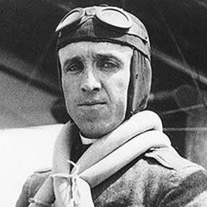 Pilot Eugene Burton Ely - age: 44