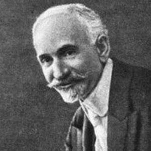 Poet Hovhannes Tumanyan - age: 54