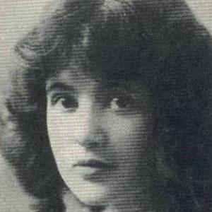 Movie actress Marguerite Clark - age: 57