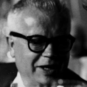 Politician David Dubinsky - age: 90