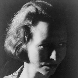 Poet Edna St.vincent Millay - age: 58