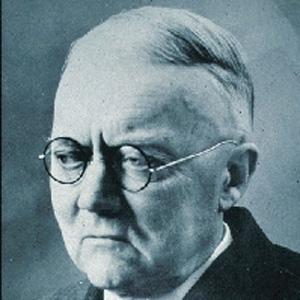 Scientist Ernst Opik - age: 91