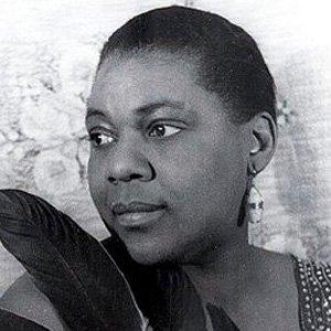 Blues Singer Bessie Smith - age: 43