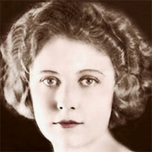 Movie actress Edna Purviance - age: 62