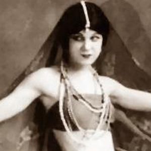 Dancer Lillian Powell - age: 96