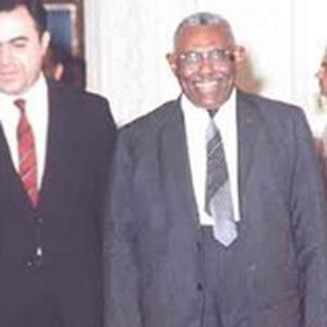 Politician Ismail Al-Azhari - age: 68