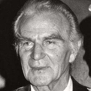Movie Actor Henry Wilcoxon - age: 78