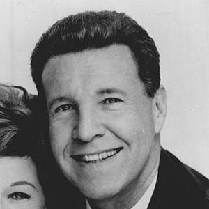 TV Actor Ozzie Nelson - age: 69