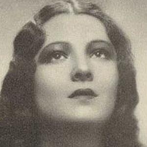 Movie actress Lupita Tovar - age: 110