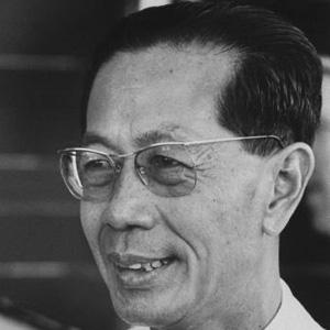 Politician Son Sann - age: 89