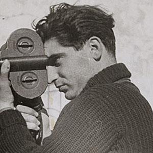 Photographer Robert Capa - age: 40