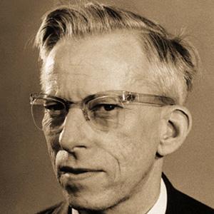 Entrepreneur Otto Wichterle - age: 84