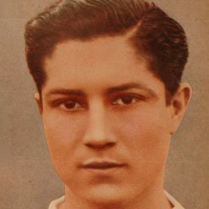 Soccer Player Arsenio Erico - age: 62