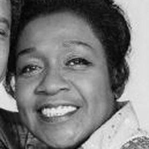 TV Actress Isabel Sanford - age: 86