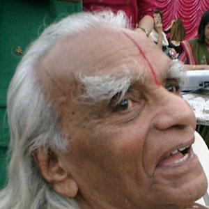Teacher BKS Iyengar - age: 95