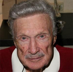 Movie Actor Warren Stevens - age: 92