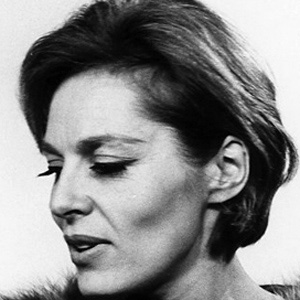 Movie actress Viveca Lindfors - age: 74
