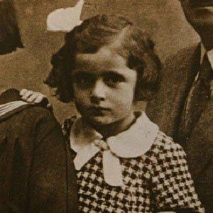 Non-Fiction Author Noemi Ban - age: 98