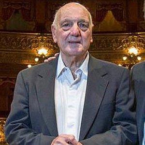 Golfer Roberto De Vicenzo - age: 97