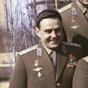 Astronaut Vladimir Komarov - age: 40
