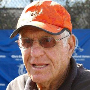 TV Actor Jerry Van Dyke - age: 89
