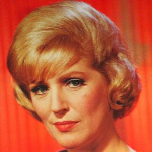 TV Actress Majel Barrett-roddenberry - age: 76