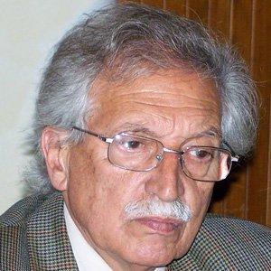 Politician Mariano Arana - age: 87
