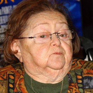 Movie actress Zelda Rubinstein - age: 76