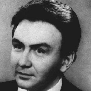 Pianist Pietro Spada - age: 85