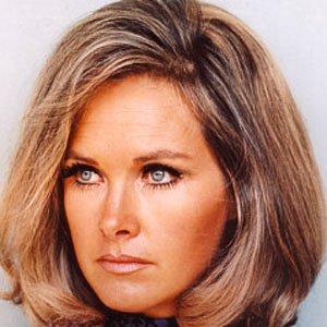 TV Actress Wanda Ventham - age: 85