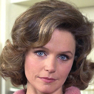 Movie actress Lee Remick - age: 55