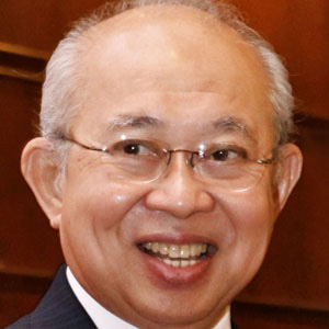 Politician Tengku Razaleigh Hamzah - age: 83