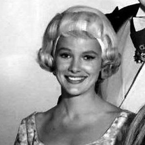 TV Actress Beverly Owen - age: 84