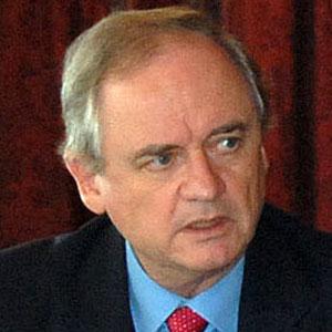 Politician Alejandro Foxley - age: 81