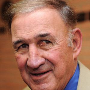 Coach Monte Kiffin - age: 80