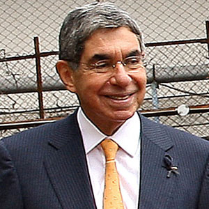 World Leader Oscar Arias - age: 76