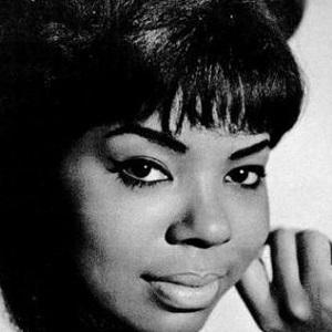 Mary Wells - age: 49