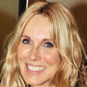 Movie actress Alana Stewart - age: 75