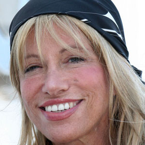 Pop Singer Carly Simon - age: 71