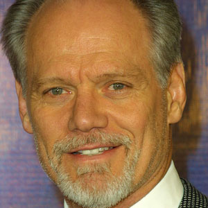 Football player Fred Dryer - age: 70