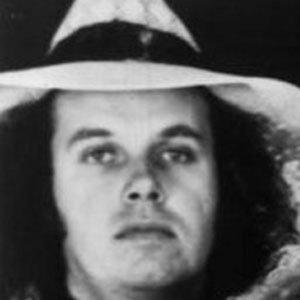 Guitarist Drew Abbott - age: 74