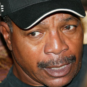 Movie Actor Carl Weathers - age: 73