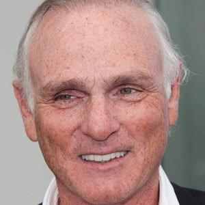 TV Actor Joe Regalbuto - age: 67