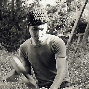 Sculptor Tetsuo Harada - age: 67