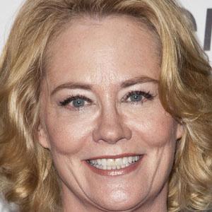 TV Actress Cybill Shepherd - age: 70