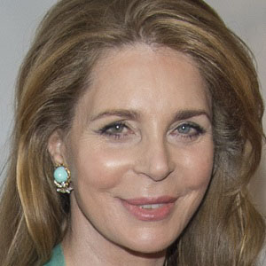 Royalty Queen Noor - age: 66