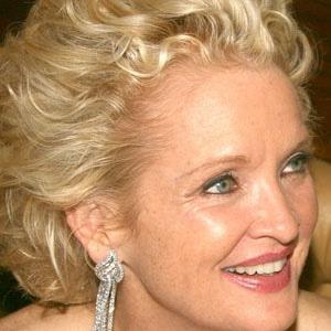 TV Actress Christine Ebersole - age: 64