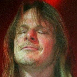Guitarist Steve Morse - age: 66