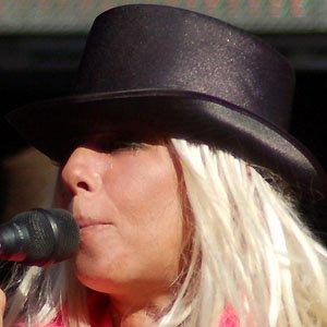 Pop Singer Dale Bozzio - age: 65
